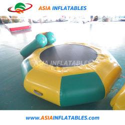Jeux de Sports d'eau gonflable cavalier Trampoline d'eau des jouets