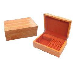 Orange Farbanstrich-hölzerner Geschenk-Kasten