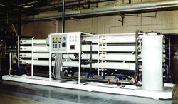 灰色のWater Treatment SystemおよびEquipments