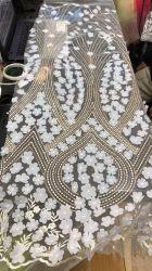 Sequins 자수 신부 레이스 Fabric/3D 꽃 Tulle 결혼식 직물