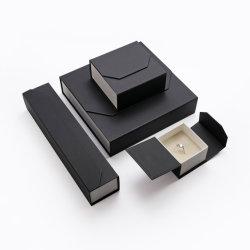 Boîte à bijoux personnalisée boîte cadeau magnétique de luxe personnalisée pour collier Bagues et écouteurs