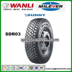 La Chine Wan Li de gros pneus de camion semi Pneumatiques radiaux 11R20 900R20 R20 des pneus Les pneus 11.0011.00x20 de pneus de camion à quatre roues 1200r20 DTS03 pneu traction au Pakistan le pneu