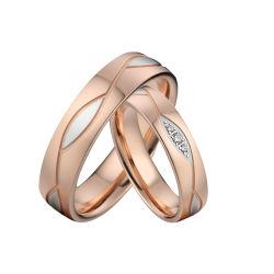 カスタムローズの金張りのステンレス鋼の円形の結婚指輪