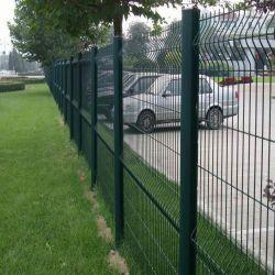 Valla de malla de alambre soldado/curvas hacia la valla de malla/Euro de la fábrica de cerco de malla
