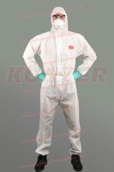 Jetables OEM médicale et chirurgicale des vêtements de protection de l'isolement Coverall Konzer1500 Costume de protection avec antibactérien Non-Woven microporeux