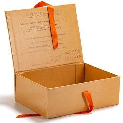 Couvercle à charnière personnalisé Boîte rigide escamotable pliable pliable un emballage cadeau avec ruban de soie