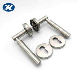 Moulage de solide poignée de porte en acier inoxydable