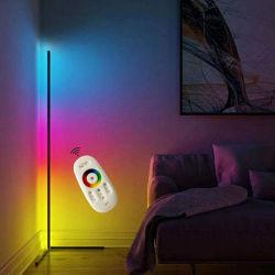 현대 지능적인 현대 삼각 구석 LED 전기 스탠드 RGB를 서 있는 북유럽 선반