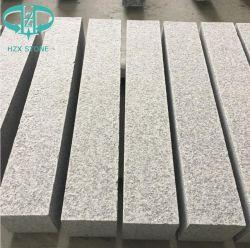 G603 de forme rectangulaire de couleur gris clair de la nature de la surface de fractionnement granit pour pavés de ponte de plein air