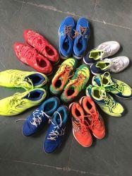 中国大きいサイズ 25kg 使用された混合靴の卸し売り使用された人 靴の中古の靴は安い価格