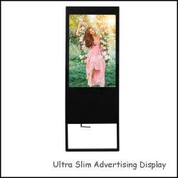熱い販売HD TFT LCDスクリーンの広告プレーヤー43のインチの人間の特徴をもつ携帯用デジタル表記のメディアプレイヤー