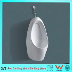Salle de bain de rinçage de la gravité de la céramique de petits mâles utilisésUrinoirspour la vente