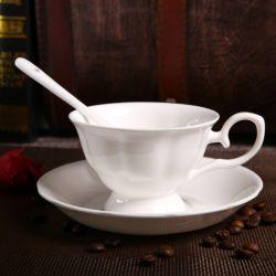 De de fijne Kop en Schotel van de Koffie van China van het Been van de Kop van de Thee van China van het Been van de Mokken van China van het Been