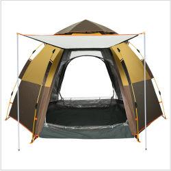 블루베이 신규 3-4인용 더블 레이어 대형 육각 팝업 가족과 함께 야외 하이킹 해변을 즐길 수 있는 캠프 텐트에 폴을 갖추고 있습니다