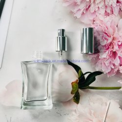 50ml wiederfüllbare Luxus quadratische Spray Schraube leere Glas Parfüm Flasche Mit Spritzenpumpe und Aluminiumkappe