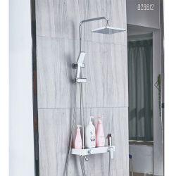 단순한 설계 검정은 임명 목욕탕 샤워 꼭지 세트를 은폐했다