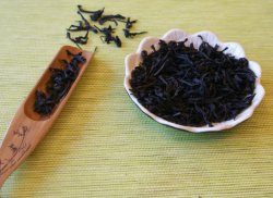 Prémio chá oolong Dahongpao Wuyi Cliff para Staving desligado o câncer de mama