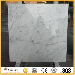 Kundenspezifische populäre Bianco Carrara weiße Marmorfliese für Wand/Fußboden