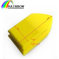 黄色いNanoクリーニングブラシ車の内部の革シートの革ソファー車手の紙やすりで磨くパッド