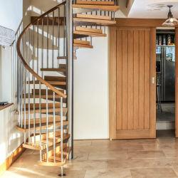 실내 층계는 Customizable 현대 계단 경재 층계 단단한 나무를 디자인한다