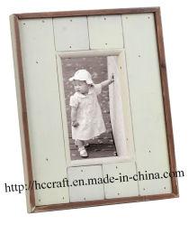 Moldura Fotográfica de madeira em estilo antigo