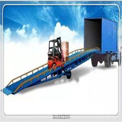 Camión móvil de la rampa del muelle de carga de contenedores 8-12 t Patio nivelador de la rampa de carga de contenedores de la rampa niveladora
