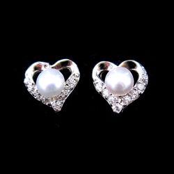 L'argent pur Coeur charme Stub Pearl Earrings pour les filles