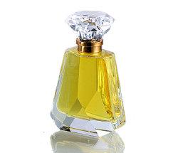 Perfume de cristal com várias capacidades Loção Cosméticos garrafa de vidro com tampa e anel de comando (MPa11016)