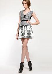 Dernière conception Débardeur col V Strip Mini robe de Lady