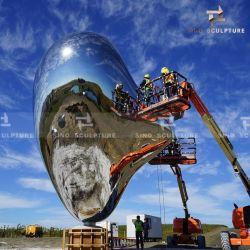 Spiegelglas gepolijst roestvrij staal Love Me Sculptuur voor Outdoor Decoratie