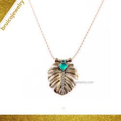 Le design de mode Chunky Feather Bijoux en Argent Pendentif or 18K artisanal bijoux collier