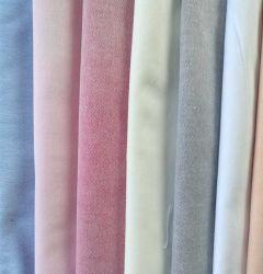 L'homme par la chemise Oxford 100 Tissu de coton
