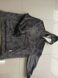 100%の珊瑚のビロードの秋および冬の黒い極度の柔らかい浴衣