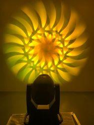 Sharpy spot du faisceau de laver 350W 3 à 1 LED Déplacement de la lumière de la tête d'éclairage de décoration de l'événement de mariage