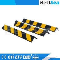 Un parking couvert mur de sécurité garde angle en caoutchouc du protecteur de la sécurité du trafic