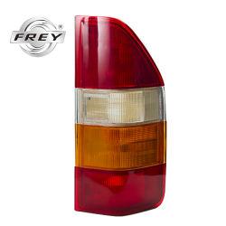 Dodge Sprinter Feu arrière gauche de feu arrière0008200756 Frey 95-06 une pièce de rechange pour une meilleure qualité