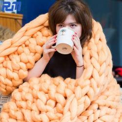 De super Comfortabele Reuze Merinos Met de hand gemaakte Ruige Kabel Gebreide Deken van de Wol voor Baby