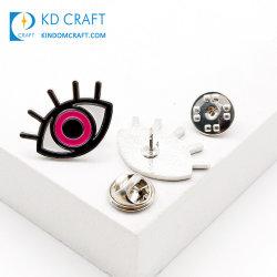 Échantillon gratuit bon marché en vrac métalliques personnalisées Fashion Brooch Pin d'un insigne Soft Enamel Silver placage mauvais oeil l'épinglette d'horreur pour la vente