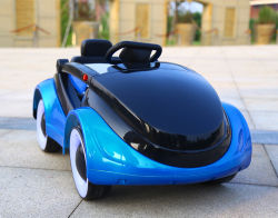 2.4G ребенка электрический поездка на автомобили с четырьмя колесами