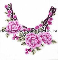 Multicolor Lace o colar de flores na costura aparelhos utilizados fios de poliésteres