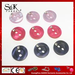18Lワイシャツのためのラインストーンが付いている多彩なプラスチック樹脂の真珠ボタン