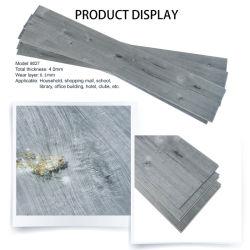 Klikt de Plastic Kunstmatige Kern van de steen de Houten Bevloering van SPC van de Plank van de Textuur Vinyl