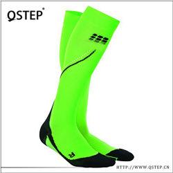 Настраиваемый логотип Professional пота впитывающей салфетки мягкие долго футбол Спортивные носки для мужчин