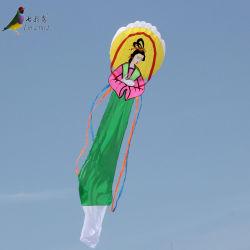 Chino tradicional mejor venta de mujer con la línea de vuelo de cometas