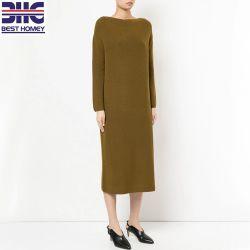 في حين أن النساء ذوات الكول بنسبة 100% يحملن على كتف تصميم الأزياء MIDI سويتر فستان للسيدات