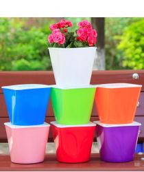 وعاء زهور تلقائي صديق للبيئة