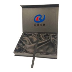 Decoración personalizada Popular Gran Ronda puede Navidad Caja de estaño metal Festival Caja de embalaje de regalo