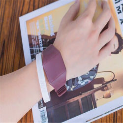 De Gift van de vierkante Elektronische Uiterst dunne LEIDENE van de Gelei van het Horloge van het Scherm van de Aanraking van het Horloge Hete Gebeurtenis van het Horloge