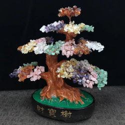 Ornamento di cristallo di Fengshui dell'albero dei bonsai montato pietra preziosa naturale differente