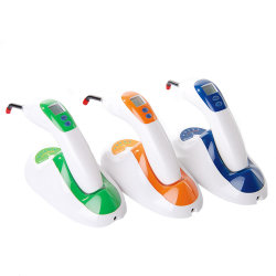 Duurzame 450-470nm Wave Length LED Curing Light Economic LED-uithardingslamp voor tandheelkunde met LCD-display